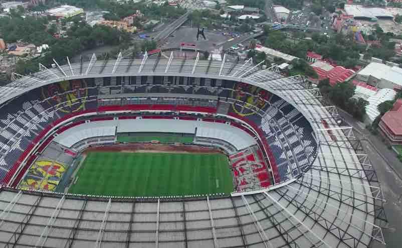 Imagen aérea por dron del estadio azteca. Unos de los estadios más grandes del mundo